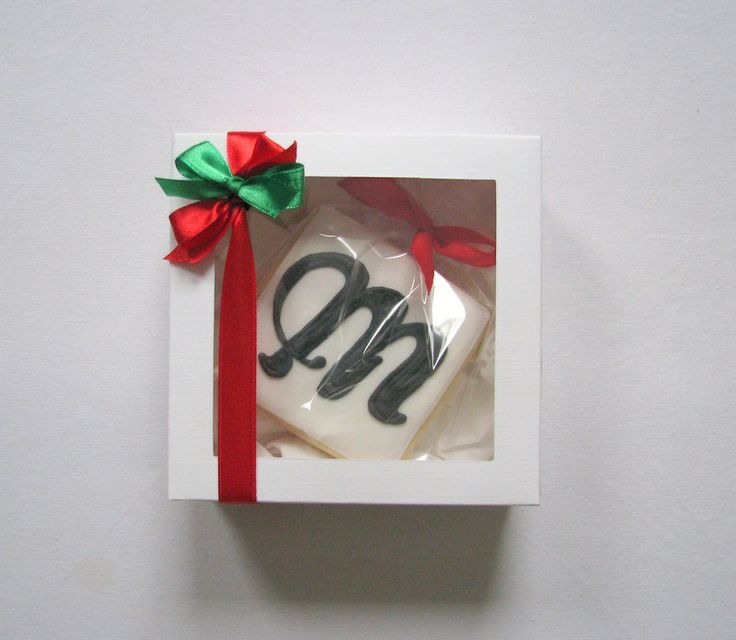 cookies with logo of company gift box