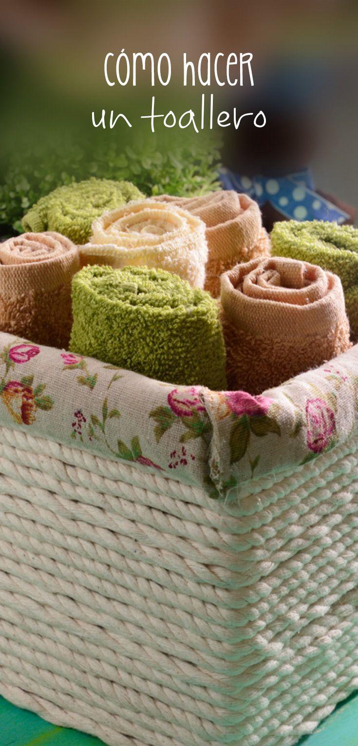 Este toallero es perfecto para guardar de una manera organizada tus toallas y además decorar el lugar en donde las guardes. Es muy sencillo de hacer y se ve padrísimo. Haz el tuyo, no esperes más.