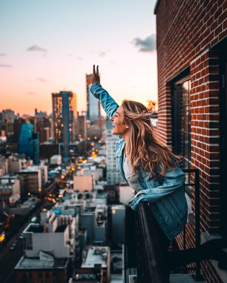 """Alyssa Bossio op Instagram: """"New York City rooftop…"""