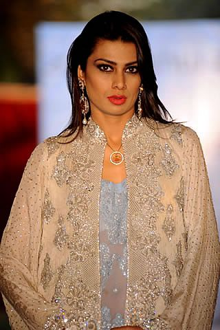 Latest Pakistani Fashion Trends ~ Fashion & Style