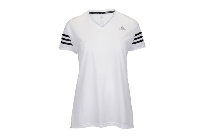 #Adidas Response Cap Sleeve Tee W - damska, lekka koszulka sportowa z krótkim rękawem. Koszulka wchłania pot z powierzchni skóry i odprowadza go do jej zewnętrznej warstwy, aby szybciej wyparował. Idealnie nadaję się do biegania w upalne letnie dni i innych form aktywności. #koszulka #jesienzima2015 #climalite #krotkierekawy