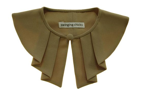 Detachable Bib Collar Necklace Bib retro by swingingchicksshop, €25.00