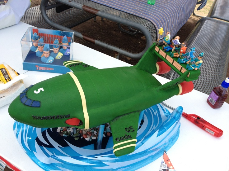 The best thunderbirds are go cake ever