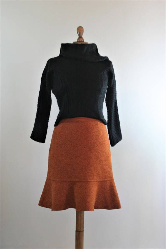 Vintage Burnt Orange virgin wool trumpet mini skirt with