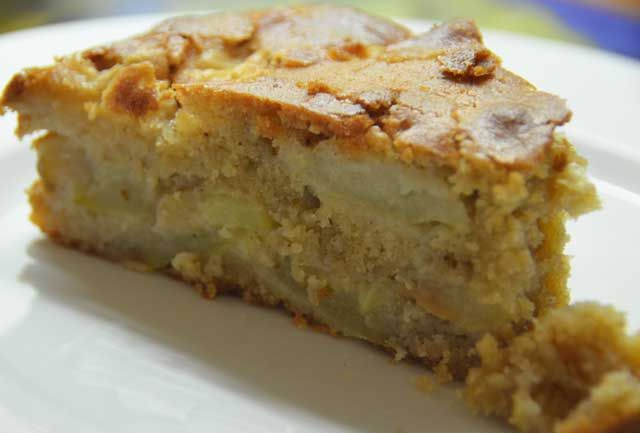 Blog post at Penny's Recipes :  Apple Cake This recipe for apple cake comes in just great when there is an abundance of apples. There are many ways to utilise apples inc[..]