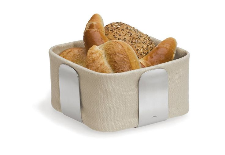 Die Brotkorbtasche wird im Edelstahlgestell in Form gehalten. Zum Waschen kann sie einfach herausgenommen werden.  Die Stofftasche ist in verschiedenen Farben erhältlich.  Größe in cm (TxBxH): groß: 25,5x25,5x10,5, klein: 19,5x19,5x10,5,  ...