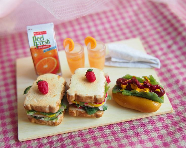 Miniature Sandwich for Picnic via Etsy... tooo cute!