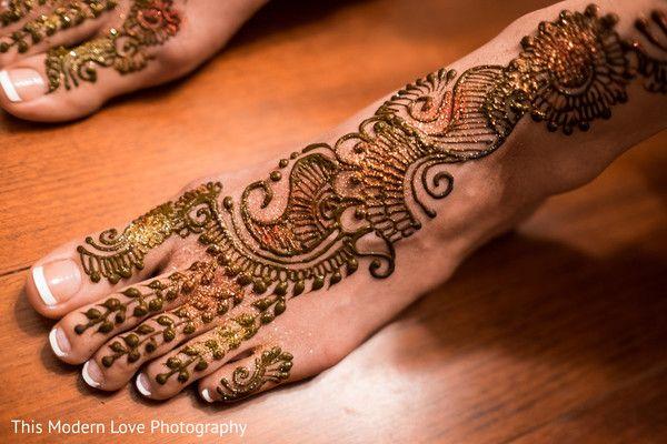 Mehndi http://www.maharaniweddings.com/gallery/photo/44378