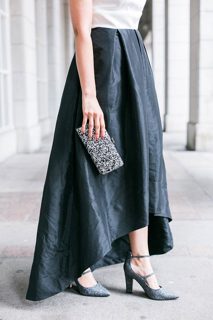 Blogger Outfit Sangria Black and White High Low Party Dress Marc Fisher Silver Glitter heels IMO glitter clutch bag #SilverGlitter