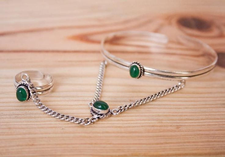 Indian Silver + Emerald Stone via FILOMENA ∵ Indian Jewelry. Click on the image to see more!