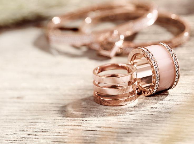 #FallingInLoveWith small treasures that make big memories. Michael Kors jewellery, sieraden verkrijgbaar op www.strego.nl