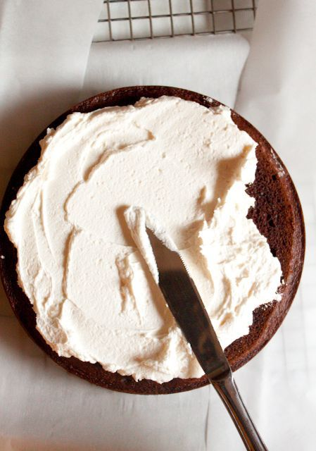 The best buttercream whipped frosting || milk, flour, butter, sugar, vanilla