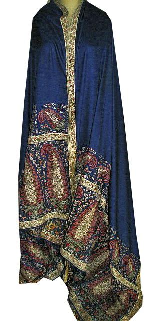 Shawl. Silk and wool. Scotland, 1815-20.