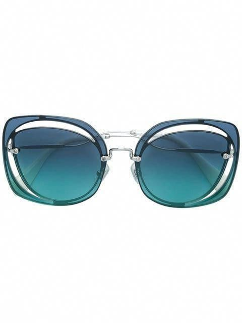 c2413836fd Shop Miu Miu Eyewear oversized sunglasses  MiuMiu