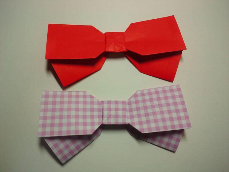 りぼんの折り方です。How to make paper ribbon. 折り紙は、切り絵や切り紙等と同じく、日本の紙工作(ペーパークラフト)です。 作り方も折ることが出来るものも数多くあります。 基本は一枚折りが主ですが、ユニット(くす玉等)、切れ目を入れて作る作品もあります。 実用的な箱等のものから動物や花いっ...