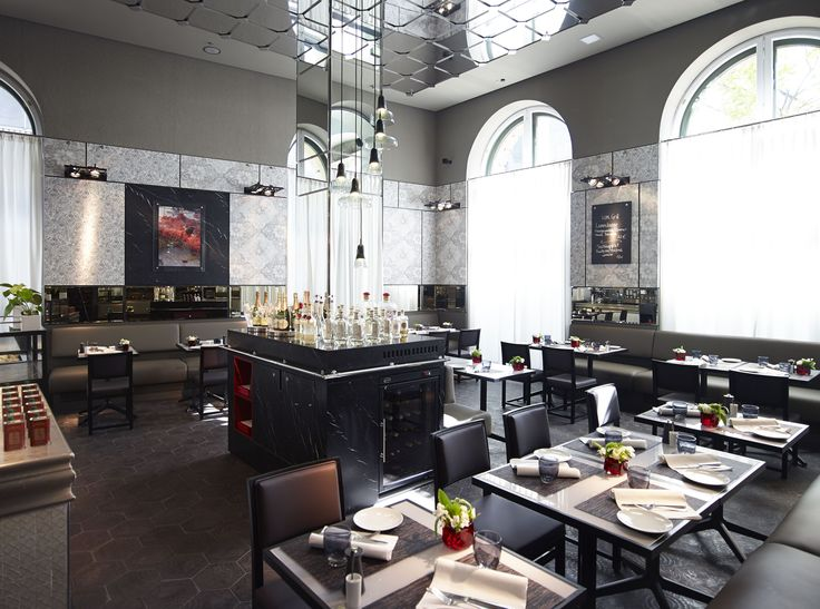 """DÉLiCE La Brasserie combines sophisticated, contemporary French cuisine with the best of local culture. Enjoy exquisite """"DÉLiCE individuelle"""" dishes or """"DÉLiCE classique & rotisserie"""" delicacies such as Boeuf Bourgignon and Charolais Beef conjured up by our Chef de Cuisine Anton Gschwendtner. DÉLiCE La Brasserie has a comfortable, airy feel and an unmistakably French ambience. Exquisite food prepared in the open kitchen from fresh, locally-sourced ingredients, brings a touch of France to…"""
