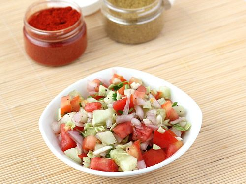 When chopped tomatoes, onion, cucumber and cabbage are seasoned with salt, chilli powder, black pepper powder and coriander leaves, a delicious salad called kachumber salad is born. The additional topping of lemon juice adds a zest to its otherwise simple yet mouth watering taste.