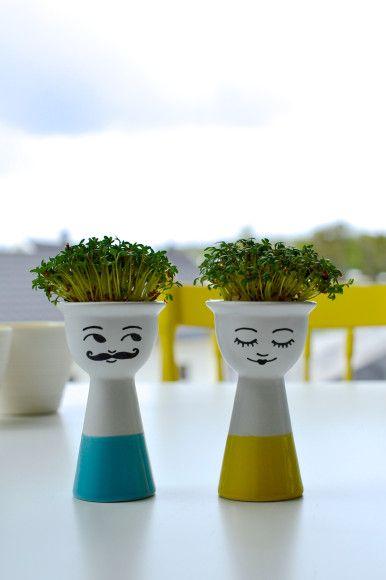"DIY: Eggeglass med karse-sveis!  DIY: Eggcups with ""hairdo""!"