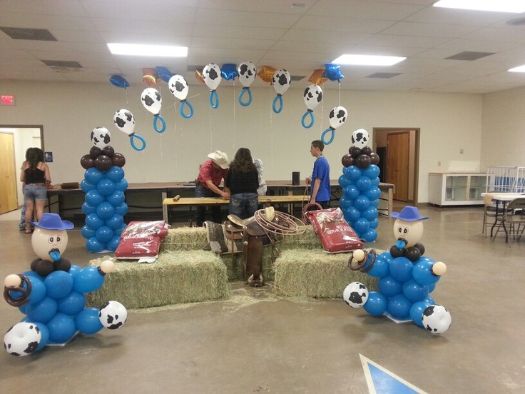 how to make a pacifier balloon arch