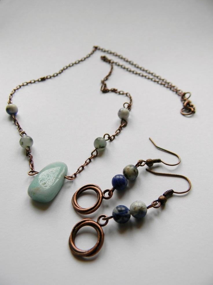 Awesome handmade jewelry    http://niacabijuterii.blogspot.ro/