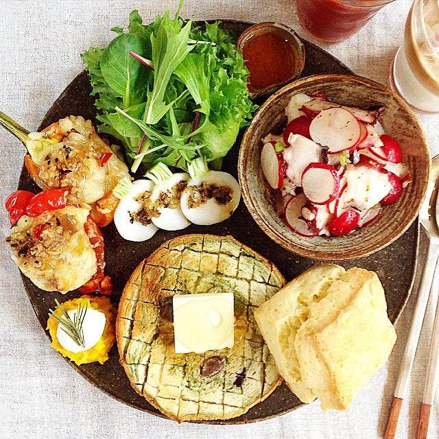 インスタグラムで人気のアカウント「ONECOLOR.STUDIO」さんのご紹介です。朝食や手作りのお菓子の写真をアップロードされているんですが、どの写真もすごく素敵なんです♡盛り付けやアイデアの参考に、ぜひご覧ください♡ (2ページ目)