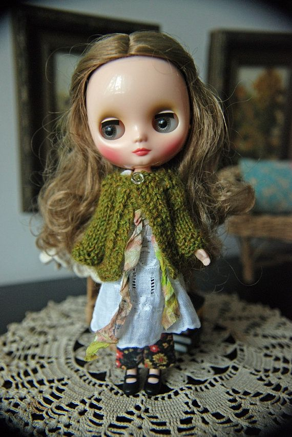 Middie Blythe Doll Knitted Alpaca Cardigan - Heathered Moss Green