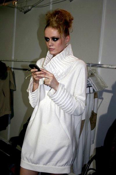 Backstage Designer Avenue – Fashion Philosophie Fashion Week Poland more: www.iszpilki.p