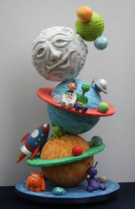 www.facebook.com/cakecoachonline - sharing....Out of this World Cake