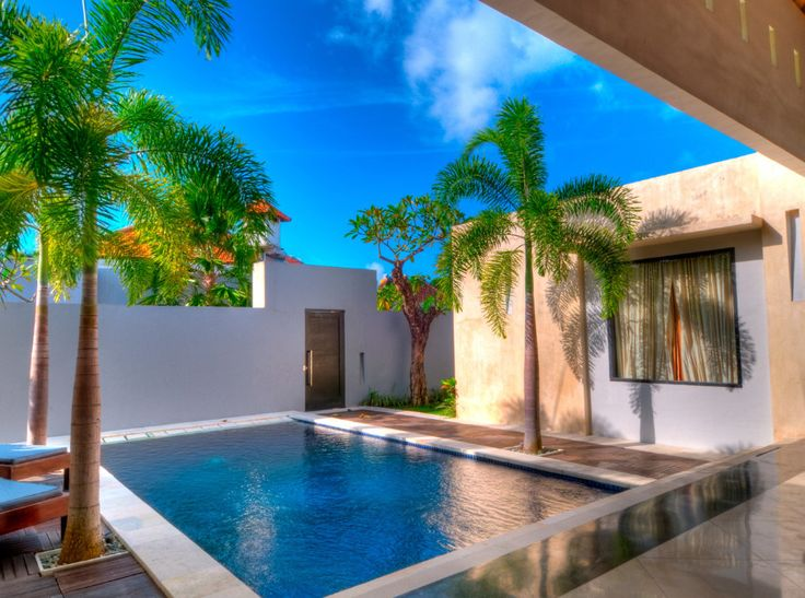 489 best Pools & Backyards images on Pinterest   Courtyard pool ...