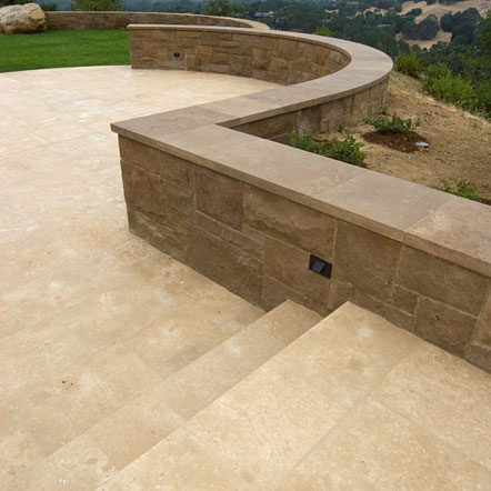 Matisse Limestone Landscape Wall and Coeur d' Alene Limestone Paving