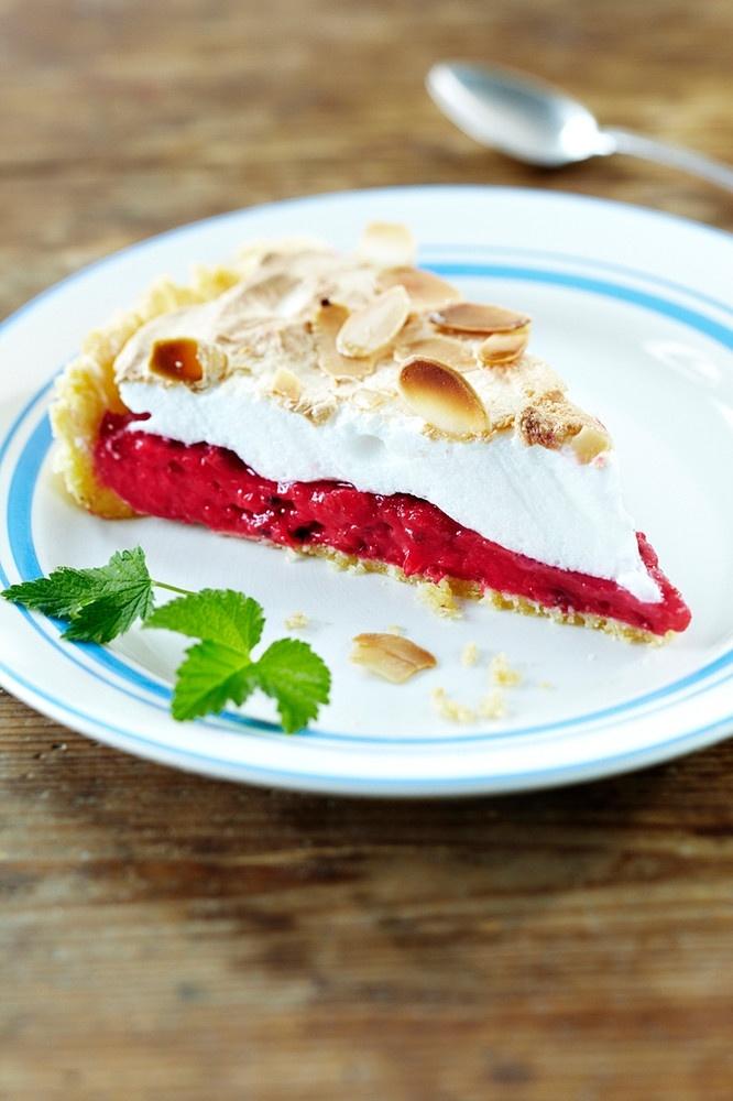 Punaherukka-marenkitorttu | K-ruoka #piirakka #kakku