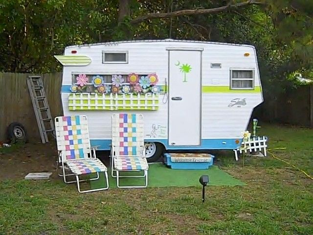 Would be fun to have if you have a lot on the beach or river or lake! 1960's Shasta camper--Sisters on the Fly