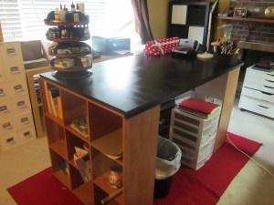 Build a Island Scrapbook Desk Boards, Islands Scrapbook, Craftroom Organic, Scrapbook Desks, Crafts Spaces, Crafts Room, Crafts Tables, Scrap Room, Pottery Barns