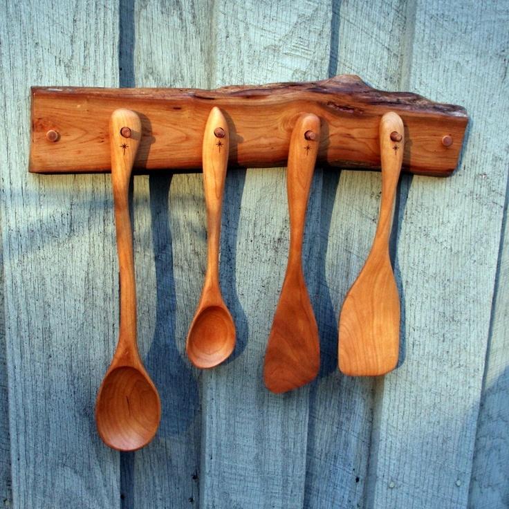 Handmade Cherry 4 Utensil Spoon Set With Wall Rack Via
