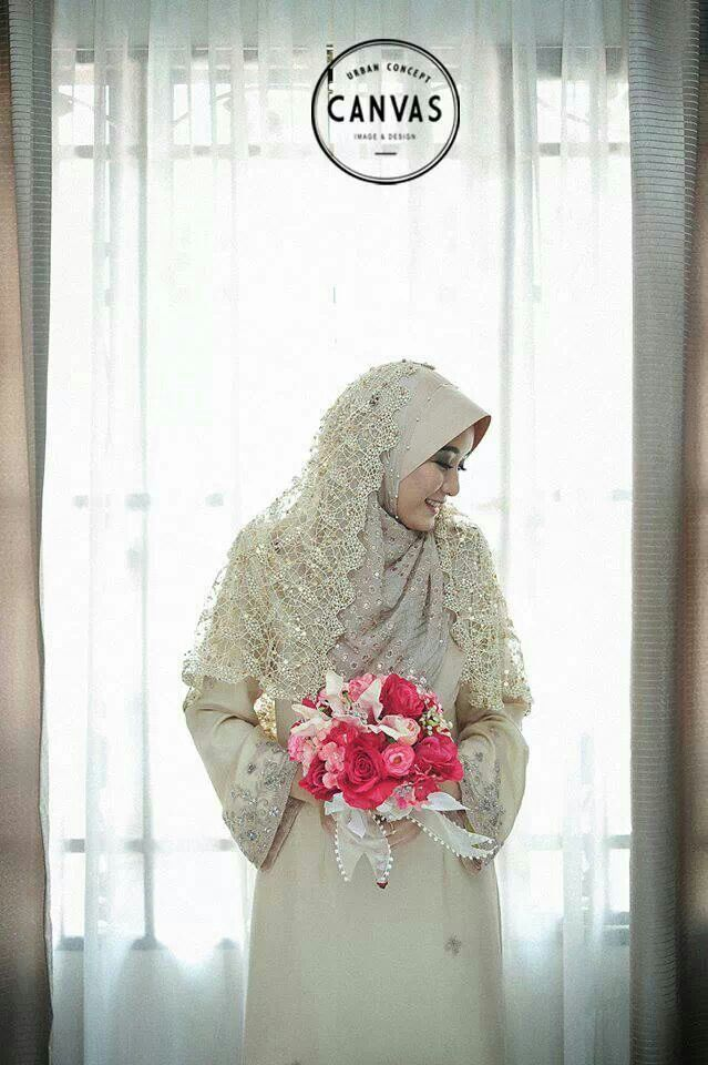 Beautiful Malay muslim bride. Photo by Canvas Studio
