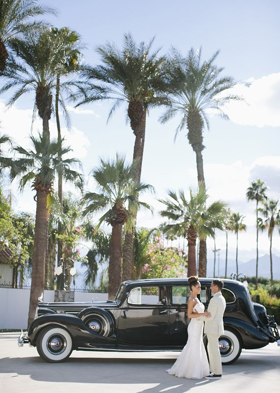 classic. Modern Palms Springs Wedding | photo by Joielala | design by Jesi Haack| 100 Layer Cake