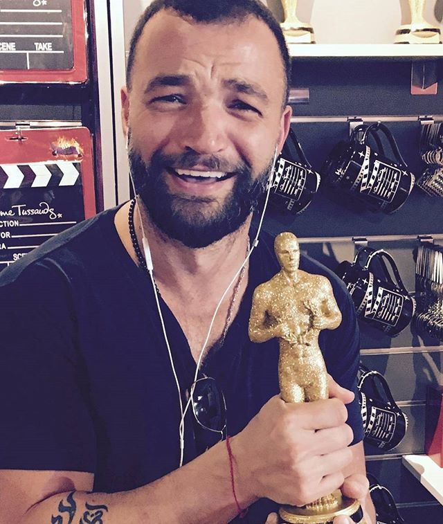 Got it!! I'd like to thank.... NO ONE !  I did it on my own F$%kers ! 😝😂 #TheOscarGoesTo #StatueGoals #Australia