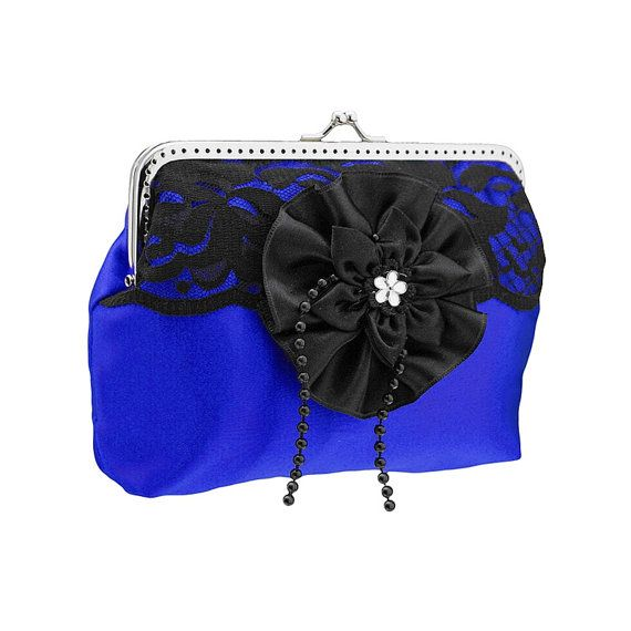 frame clutch bag in glamour or occasions style by FashionForWomen. http://www.pinterest.com/pin/create/button/?url=https%3A%2F%2Fwww.etsy.com%2Flisting%2F209623324%2Fframe-clutch-bag-in-glamour-or-occasions%3Futm_source%3DPinterest%26utm_medium%3DPageTools%26utm_campaign%3DShare&media=https%3A%2F%2Fimg1.etsystatic.com%2F049%2F0%2F10142230%2Fil_570xN.669085177_i106.jpg&description=frame+clutch+bag+in+glamour+or+occasions+style+by+FashionForWomen