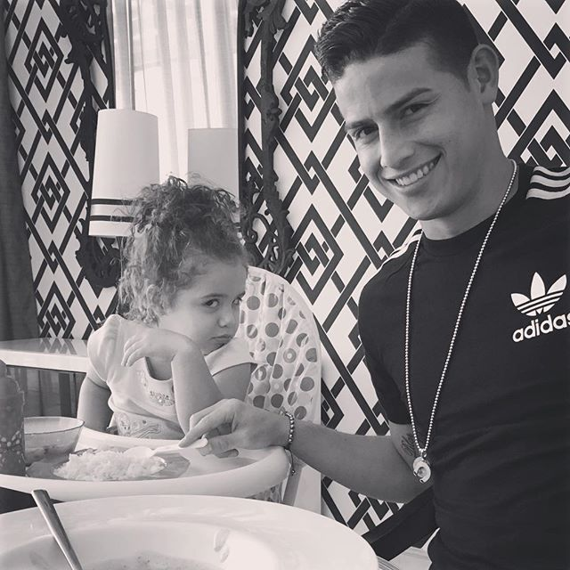 Pin for Later: 16 Times James Rodríguez Flashed His Pearly Whites and We Lost It When He Joked With His Daughter