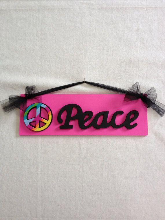 Girls Peace Sign Bedroom Wall Decor Hot Pink and Black Peace Sign Room Decor. 15 best Ideas for Haley s peace sign room  images on Pinterest