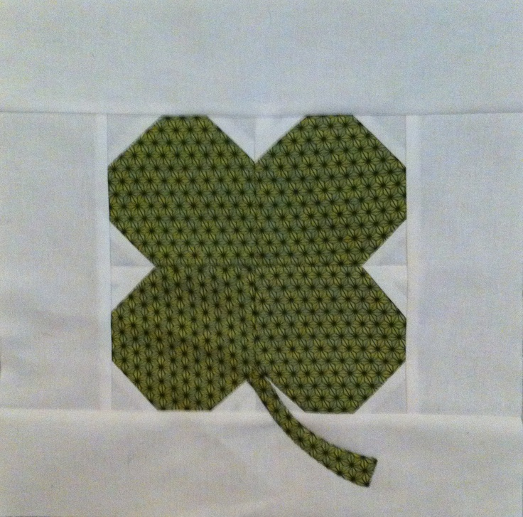 18 best Quilt Squares I like images on Pinterest | Stitching ... : clover quilting - Adamdwight.com