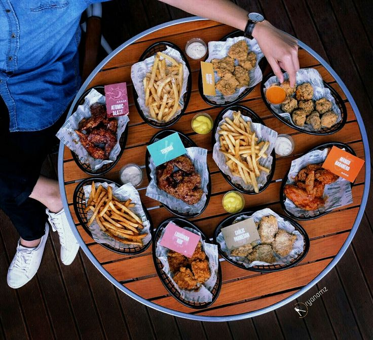 Flatlay shot at wingstop restaurant. For more food photography follow @ryanomz on instagram