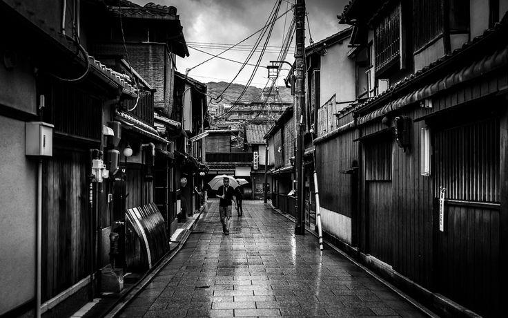 Rainy Gion. Kyoto, Japan, 2015. Original, limited edition, signed, fine art prints on Hahnemühle high quality paper. #streetphotography #blackandwhite #street #photography #fineart #print #pierrepichot #urban #monochrome #japan #travel #kyoto #gion