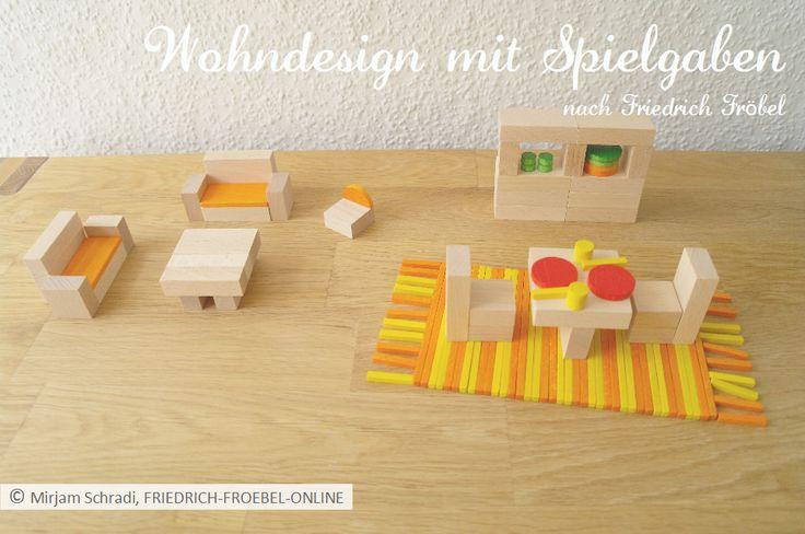 Wohndesign mit Spielgaben: Wohnzimmer und Esszimmer mit gedecktem Tisch -> für Kinder als Spielidee....