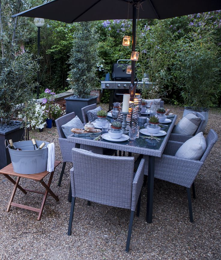 Entertain day or night with this gorgeous Palermo garden set, finished off perfectly with candlelight in shimmering lanterns and tea lights