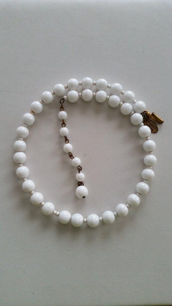 Beautiful vintage Miriam Haskell bead choker