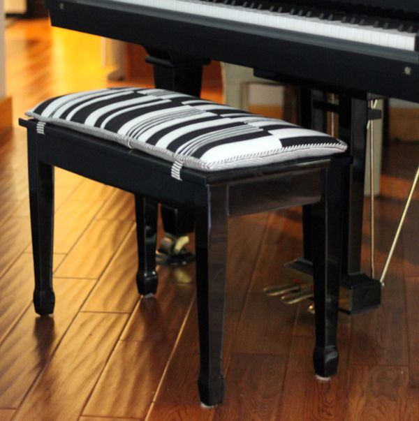 Best 25 Piano Bench Ideas On Pinterest Piano Decorating Upright Piano And Piano Room Decor