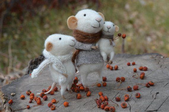 LIttle Family Mice by feltingdreams