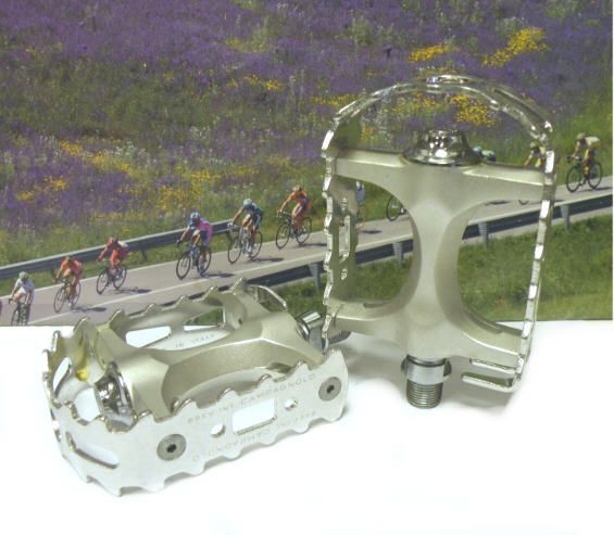 Campagnolo Centaur MTB pedals.
