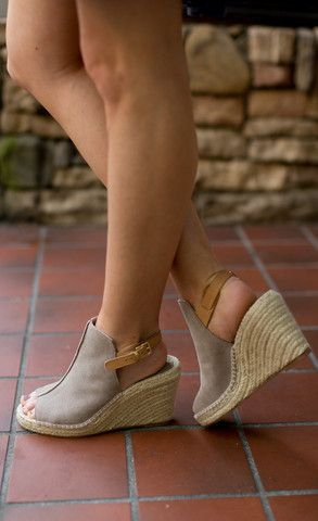 Seychelles - Shoe - Seychelles Charismatic Wedge - Cheeky Peach Boutique - 1